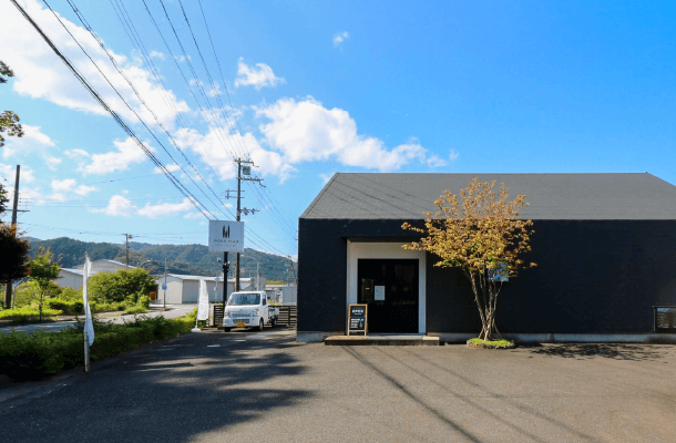 ASAGO design studio (朝来デザインスタジオ)